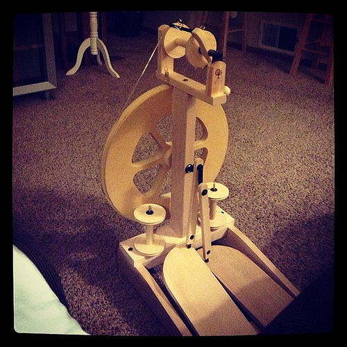 My first spinning wheel!!!!!